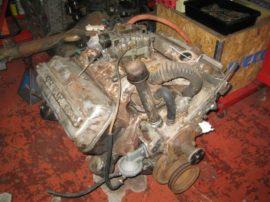 hemi_engine_desoto_1957_001